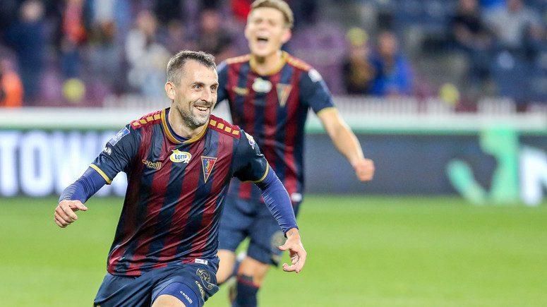 Zmiana strzelca trzeciego gola z Jagiellonią Białystok. Michał Kucharczyk z drugim golem ligowym w sezonie 2020/2021.