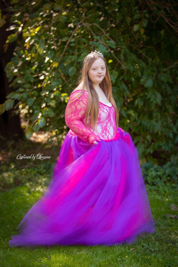down-syndrome-Princess-Photos-Illinois-5-683×1024
