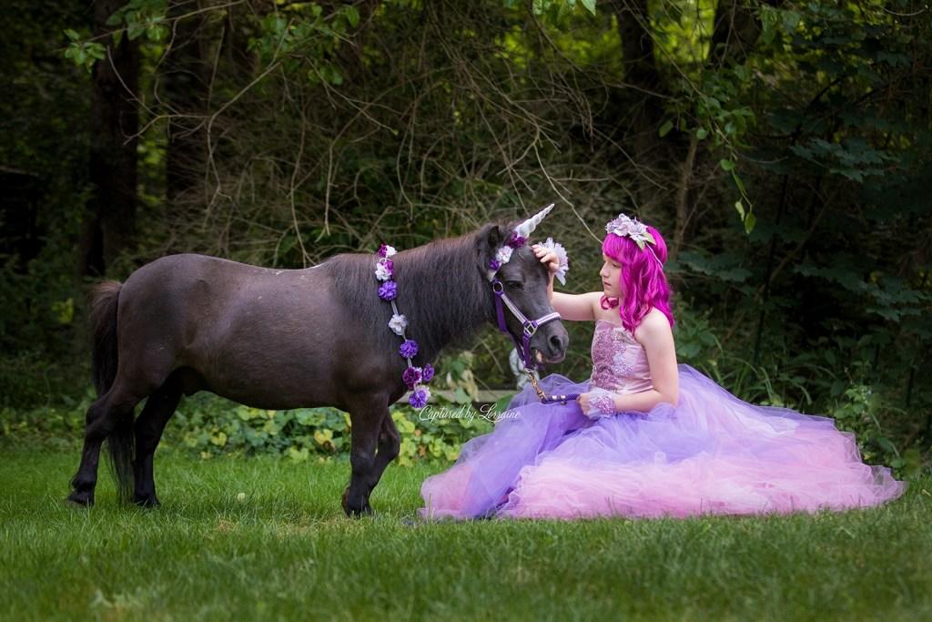 Unicorn Photo shoot Hampshire Illinois
