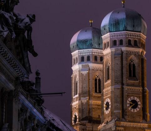 Munich Zwiebeltürme Snow