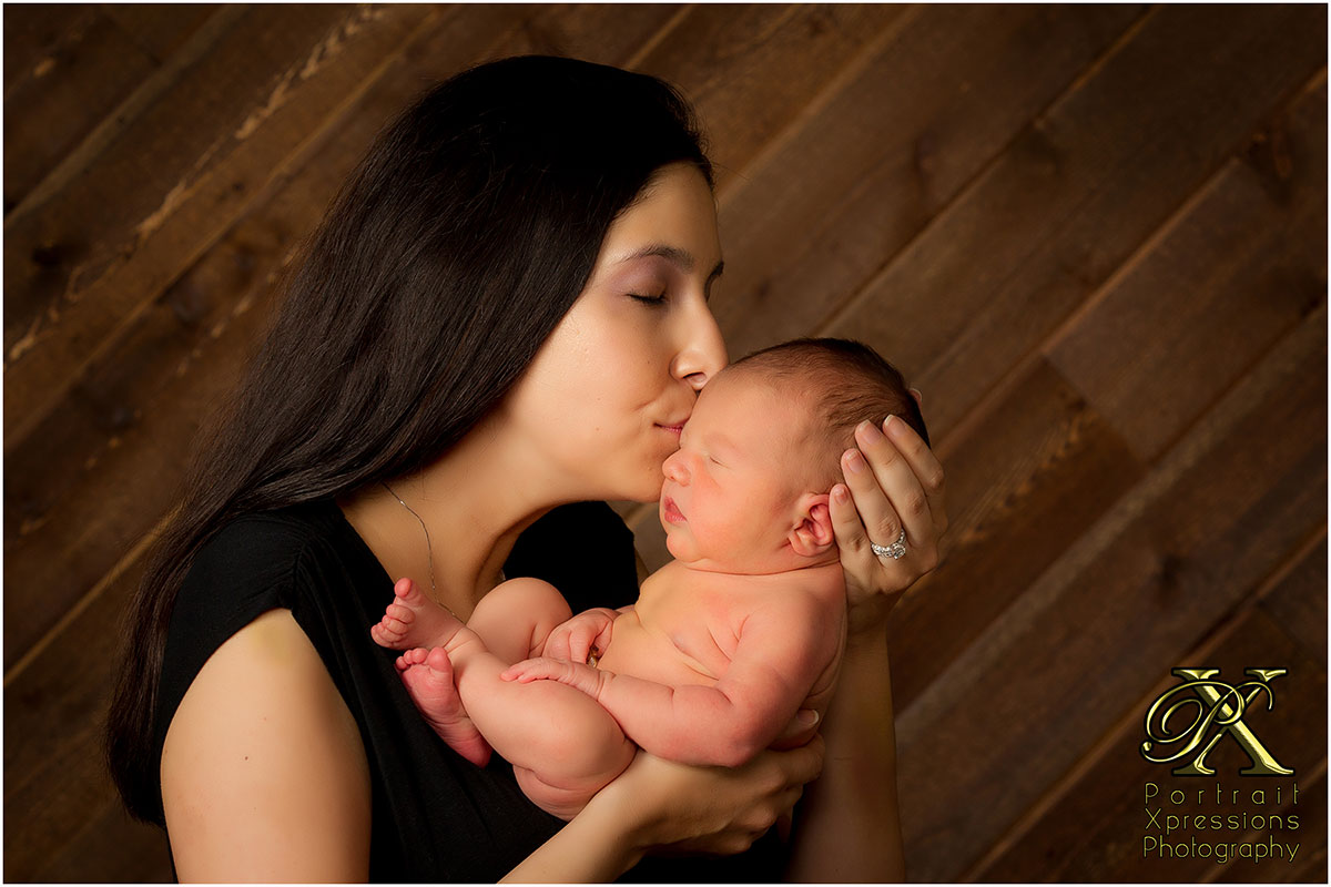 mom with newborn boy