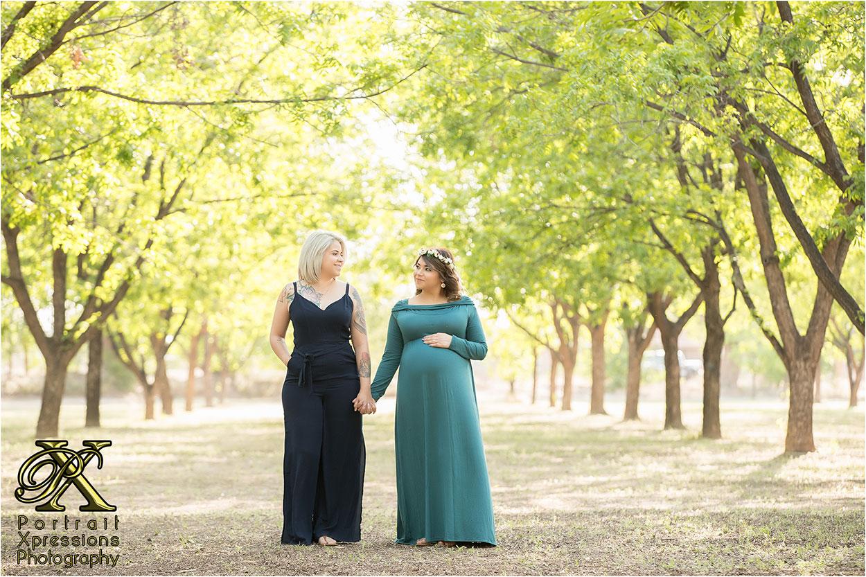 El Paso maternity photographer