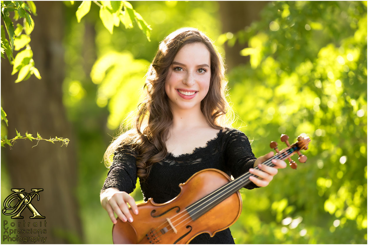 high school senior portraits with violin