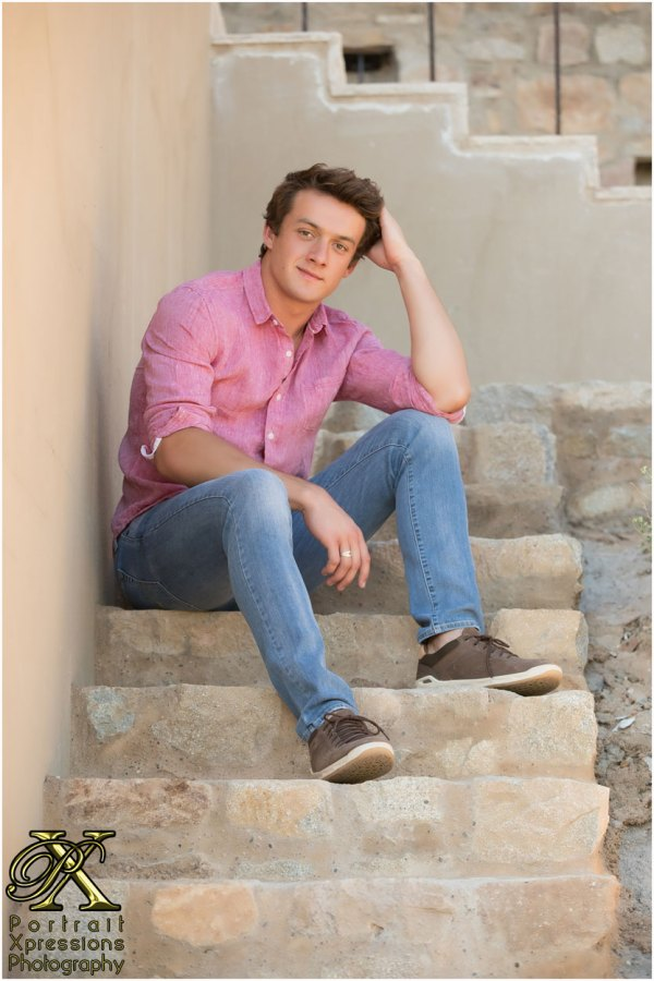 high school senior boy in El Paso Texas photography