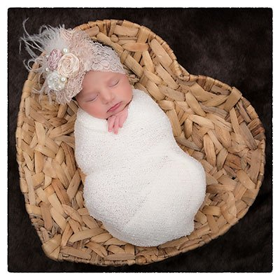 Newborn baby photographers in El Paso Texas by Portrait Xpressions