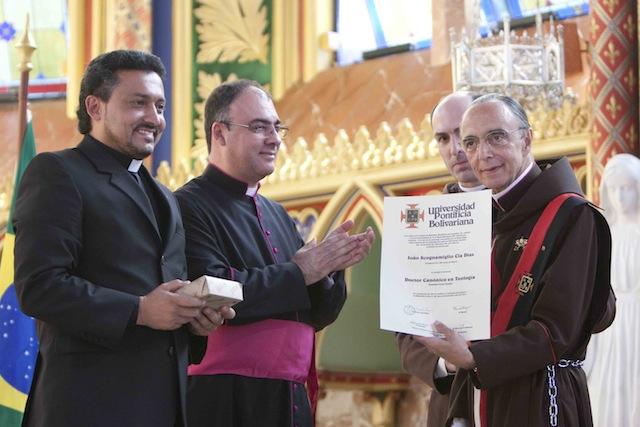 Monseñor João Clá recibe el título de Doctor en Teología