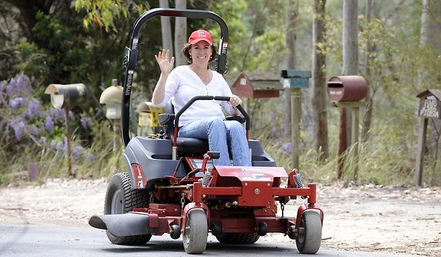 MS mum Megan Healey will ride mower from Melbourne to Sydney