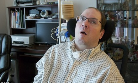 'I'm in no pain': Miracle of man in permanent vegetative state who can communicate with doctors using the power of thought