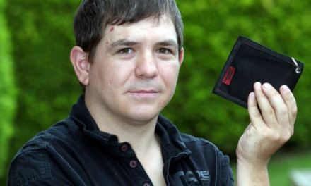 Multimillionaire's bus company takes 12 PER CENT 'finder's fee' of money inside disabled passenger's wallet which he left on a seat