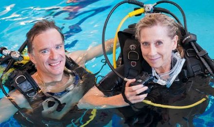 London amputee learns to scuba dive with one leg