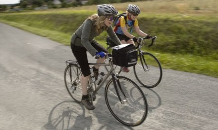 People with MS can improve their energy levels with short bursts of walking or cycling