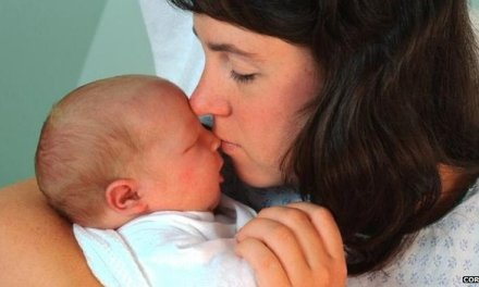 'Huge gaps' in mental health care for new mothers
