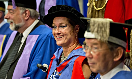 Artist Alison Lapper given honorary doctorate