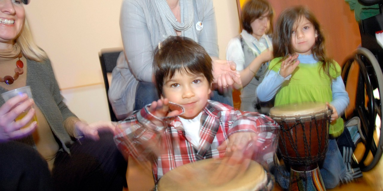 Rock, pop and sign language: family day at the V&A