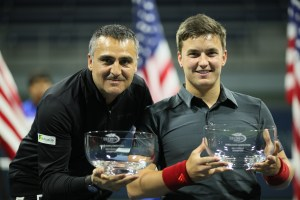 Reid and Houdet win US Open wheelchair tennis doubles trophy (Copyright Tennis Foundation)