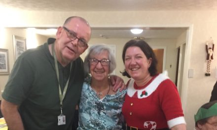 Tenants Treated to a Christmas to Sing About