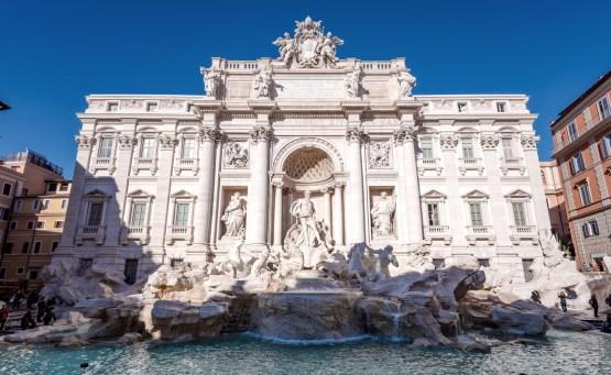 visiter rome gratuitement fontaine places italie