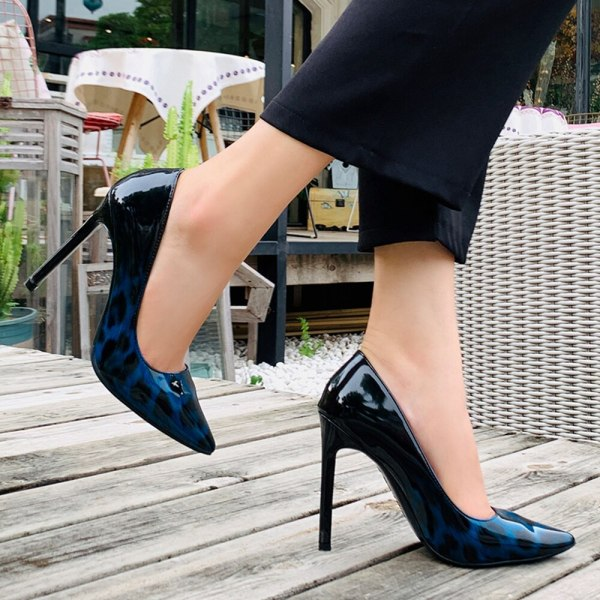 Sexy Leopard Pointed Toe Fashion Shoes