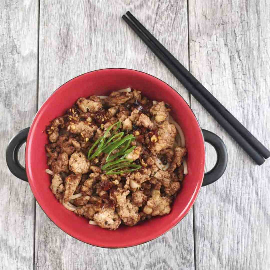 Spicy Noodle with Sweet Sichuan Peppercorn Sauce