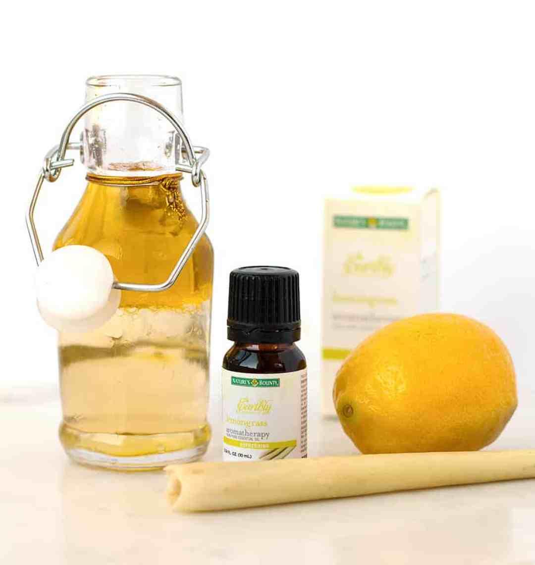 homemade-facial-oil-lemongrass-lemon