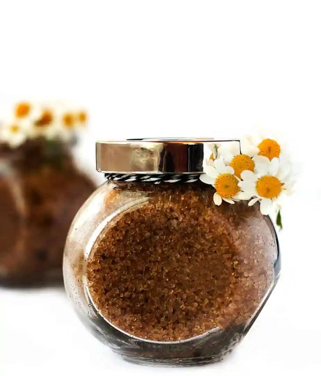 homemade-facial-scrub-brown-sugar-chamomile-peppermint