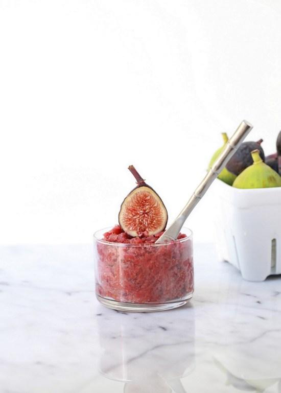 Roasted Fig Macarons | Posh Little Designs