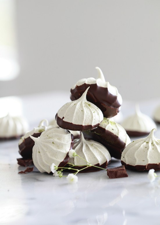 meringue cookies, dairy free, matcha, gluten free