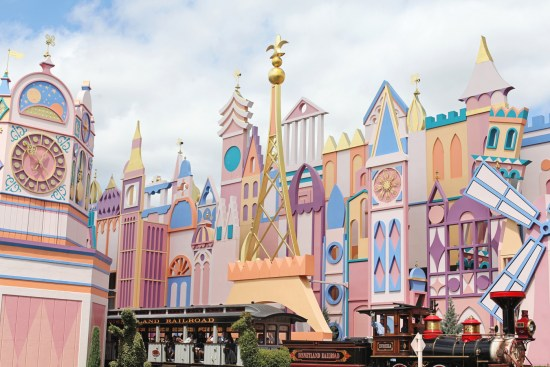 Travel-Blog-Paris-France-Europe-Disney Land