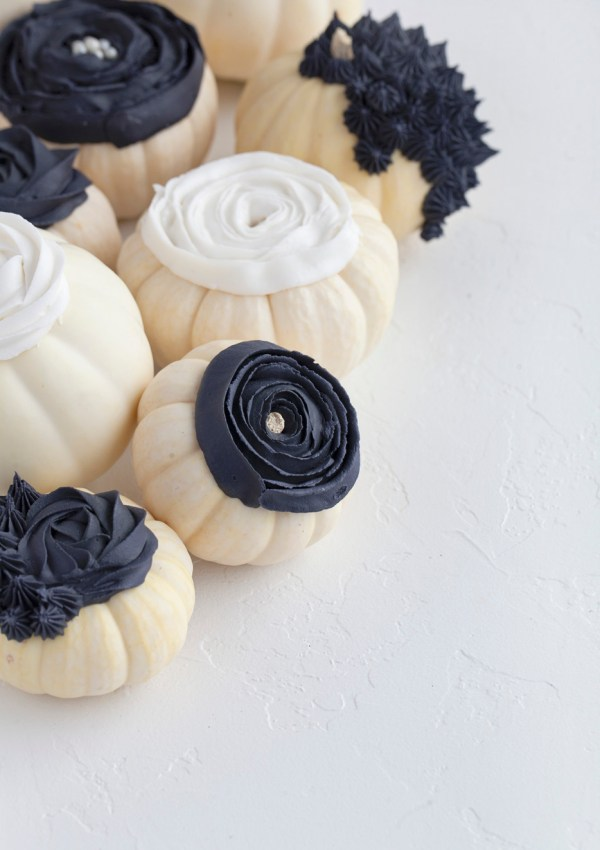 DIY Piped Floral Pumpkins