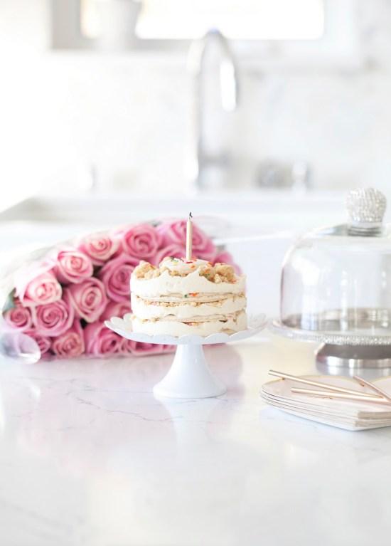 Birthday Cake-Momfuku-Milkbar-Gluten-free-macarons-sprinkles-dessert-cake