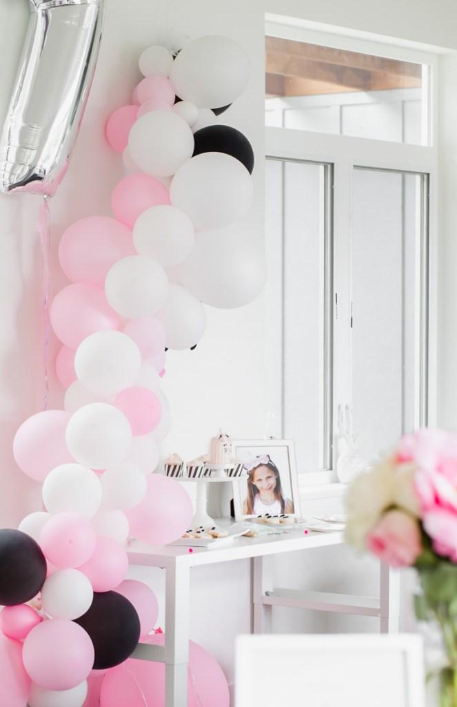 unicorn kitten party decor, pink balloons, kids parties