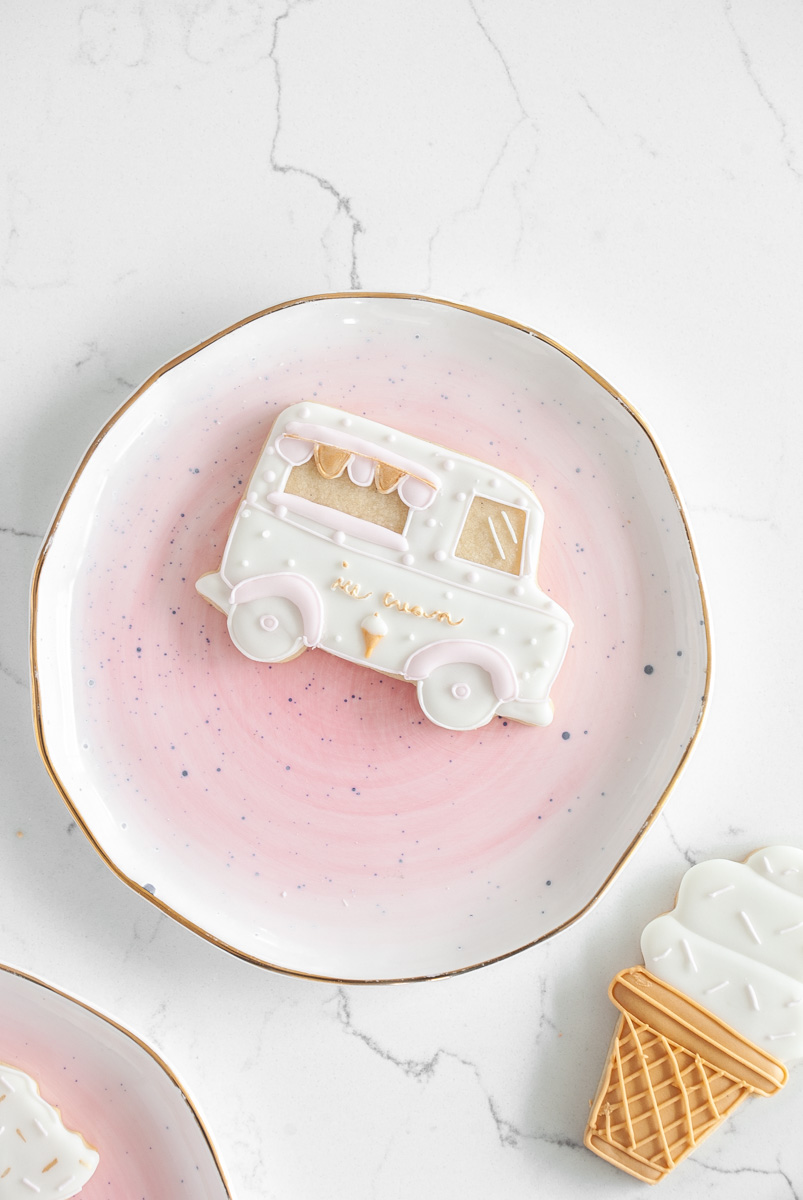 ice-cream-sugar-cookies-baking-royalicing-summer