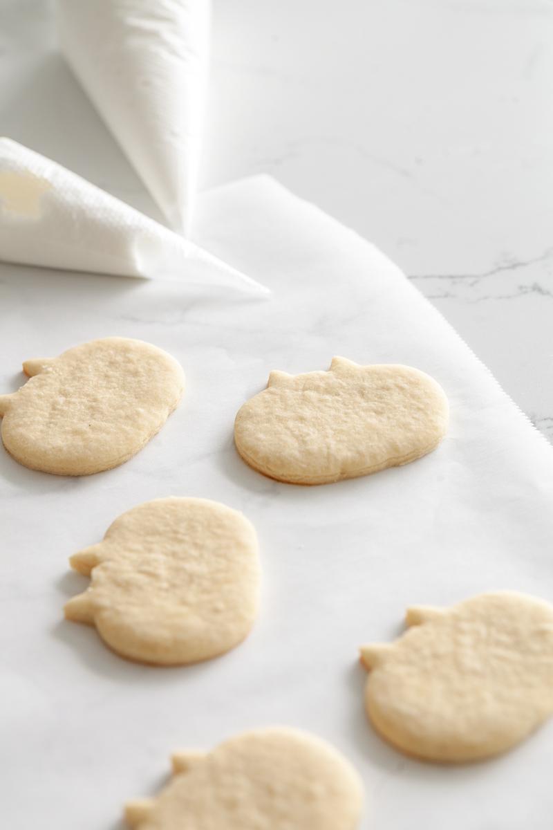 llama-pumpkin-sugar-cookies-baking-falll-royal-icing-recipes-halloween