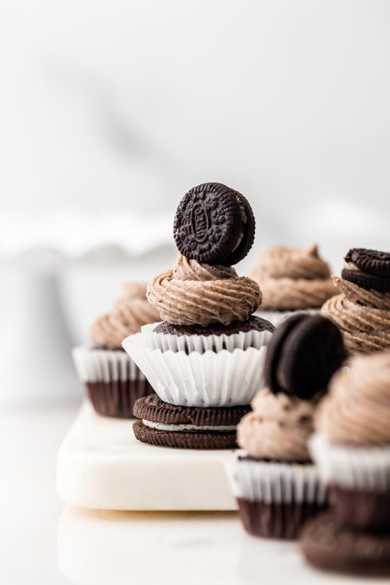 vegan oreo cupcakes - posh little designs