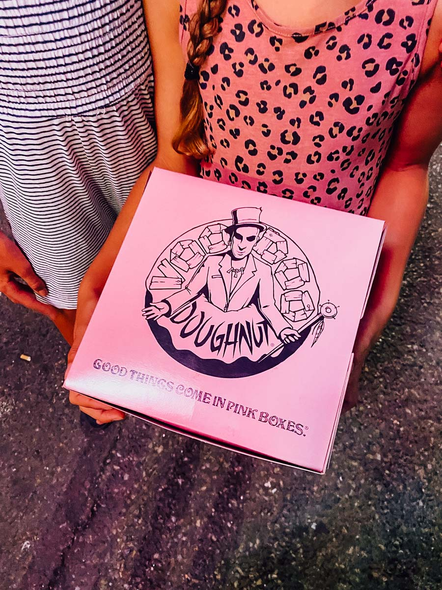 Voodoo donuts, Oregon, travel destinations