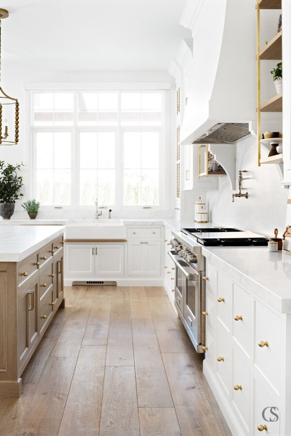 Unsure About Using Benjamin Moore Simply White Read This Posh Pennies