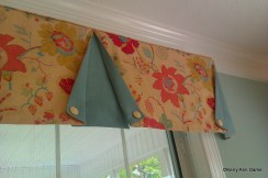 Colorful Family Room Valance