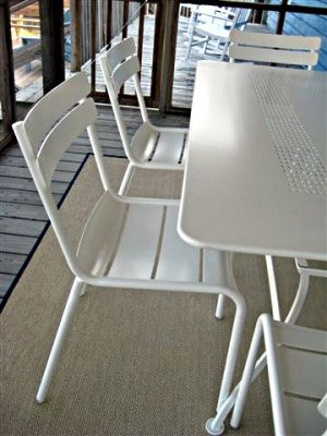 Table and chairs by Fermob.