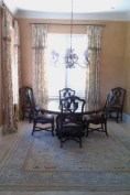 tuscan-inspired-dining-room