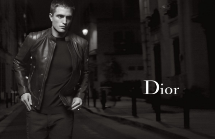 Robert Pattinson released his ad campaign for Dior Homme.