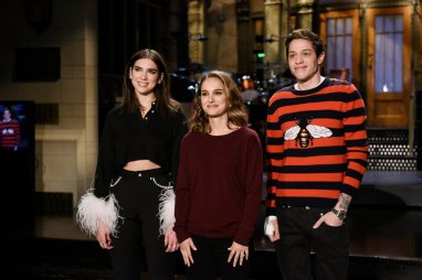 "SATURDAY NIGHT LIVE -- ""Natalie Portman"" Episode 1738 -- Pictured: (l-r) Musical Guest Dua Lipa, with Host Natalie Portman and Pete Davidson during a promo in Studio 8H --"