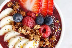 How to Build Your Own Acai Bowl