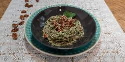 Low FODMAP tahini and spinach pasta
