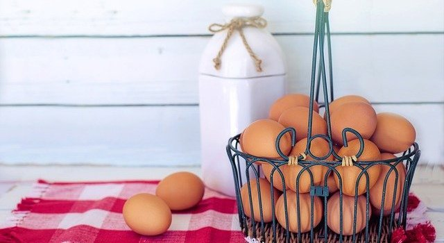 basket of eggs on counter_discussion about cholesterol in eggs_dietitian angela hubbard