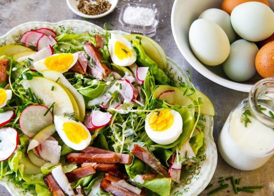Green Salad topped with Ham and Egg