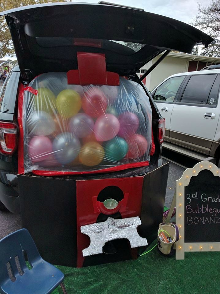 trunk-or-treat-bubble-gum