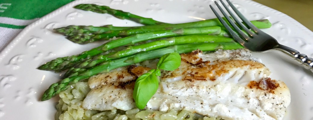 Pan Roasted Cod on Spinach Basil Risotto with Lemon Butter Sauce #SundaySupper