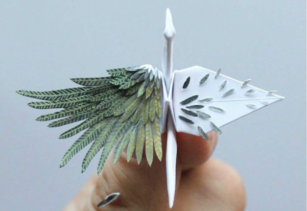 Romanian Man Creates 1000 Origami Cranes In 1000 Days To Fight