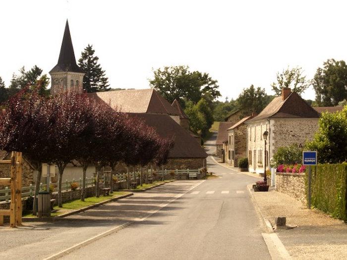 Source : Saint-Pierre de Frugie
