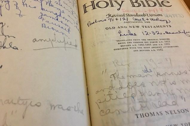 Bible-Momo's - 1